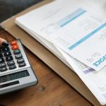 15 praktických tipov, ako ušetriť peniaze v domácnosti